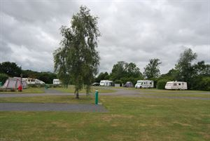 Cakes and Ale Holiday Park