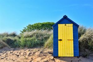 Elie beach hut