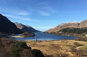 Glenfinnan Monument's awe-inspiring location