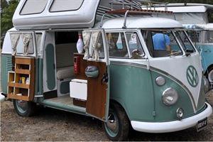 Retro campervan Pixabay