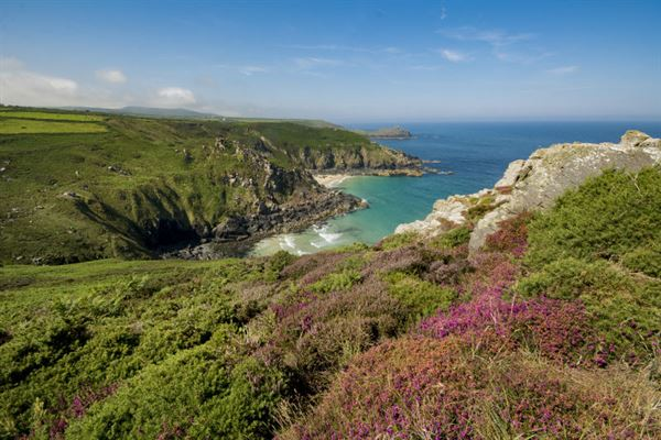 Pendour cove from Zennor cliffs (Edward Nurse/stock.adobe.com)