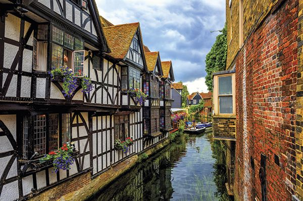 Canterbury, a pretty and fascinating city. Image: Adobestock