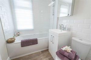The bathroom in the new Prestige Homeseeker Anthem park home