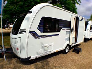 The Coachman VIP 460