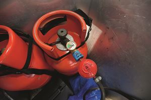How to fit a gas safety valve