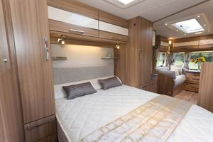 The Solairs 574 has a nice bedroom which is easily separated from the kitchen
