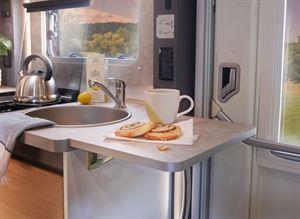 Adamo 75-4DL Kitchen with work top extension
