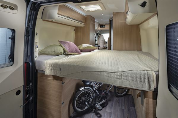 The bed in the Adria Twin Plus 600 SPB motorhome