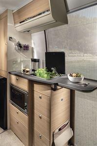 The kitchen in the Adria Twin Plus 600 SPB motorhome