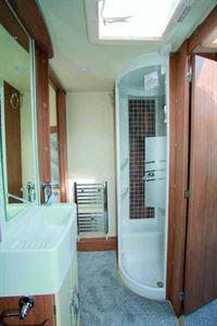 Lunar Alaria TR washroom