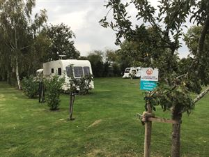 Avonbank Meadow Certificated Location in Worcestershire