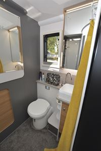 The washroom in the Bailey Adamo 69-4