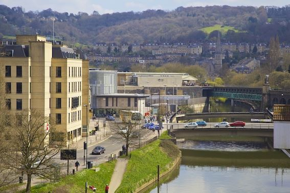 Bath introduces discount for motorhomes wanting to drive into the city after the clean air zone comes into operation
