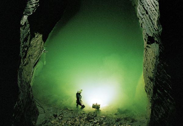 Bottomless pit