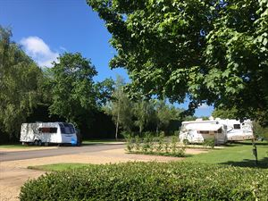Briarfields Motel & Touring Park in Cheltenham