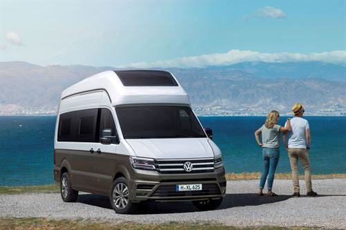 664cc31a1b0df6 Volkswagen announce Crafter-based California XXL motorhome ...