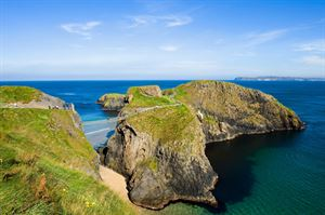 Carrick a Rede Rope Bridge ©Tourism Ireland