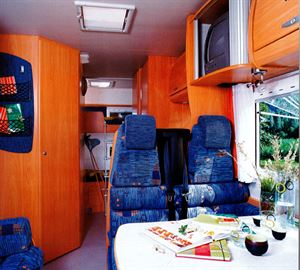 2004 Chausson Welcome 17 interior