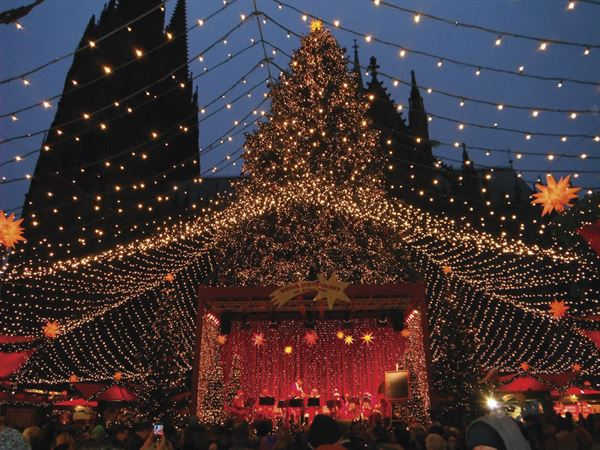 Cologne Christmas market - picture courtesy of Pete Benson