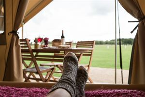 Relaxing on a glamping city break