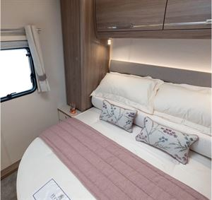 The bedroom of the Compass Camino 660