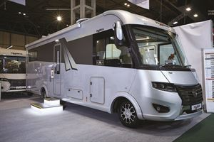 A-class Motorhome over £90,000: Frankia Mercedes-Benz i8400 Platin Plus from SMC Motorhomes
