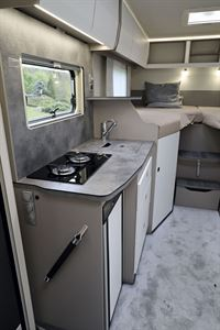 The kitchen in the Frankia Neo MT 7 GD motorhome