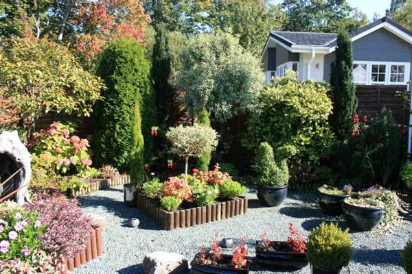 The benefits of gardening in your park home