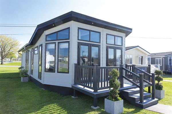 The Prestige Homeseeker Glass House - picture courtesy of Whitehill Country Park
