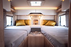 The twin beds in the 780