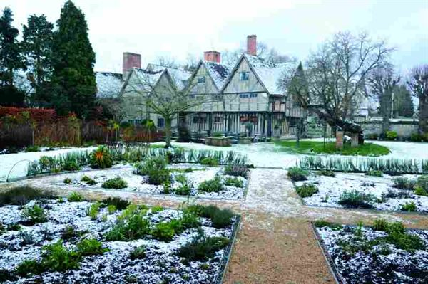 Caravanning at Christmas: A weekend in Shakespeare country