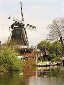 The flour mill at Meppel - picture courtesy of Ali Castle