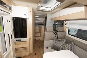 A view through the interior of the Hymer B-MC I 600 WhiteLine motorhome