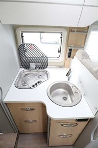 The kitchen in the Hymer TGL 578 Ambition