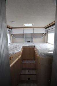The twin rear single beds in the Hymer TGL 578 Ambition