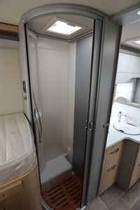 The shower room in the Hymer TGL 578 Ambition