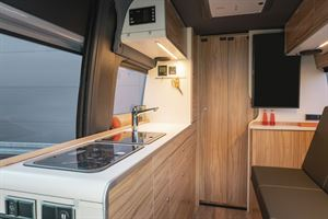 The side kitchen in the Hymer DuoCar S