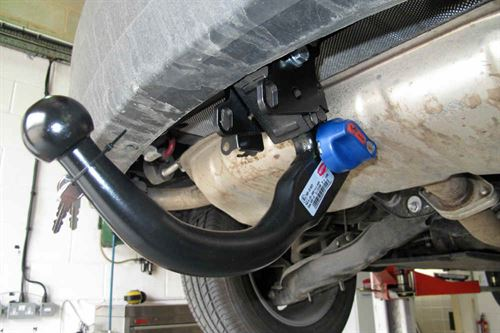 Witter towbar fitting step by practical advice