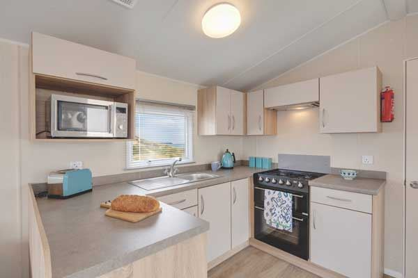 If you fancy a new kitchen in a holiday home, this lovely Willerby Rio Gold may inspire you to update
