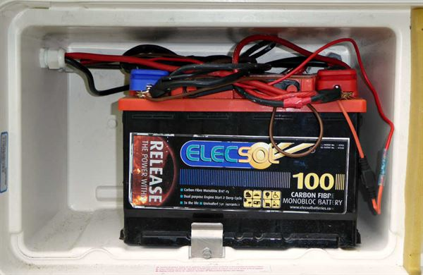Daisy Chain Battery Wiring Diagram on