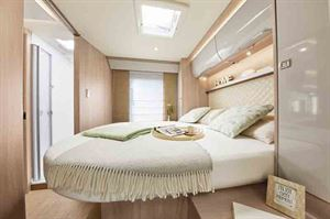 The island bed in the Ixeo I 736 - picture courtesy of Erwin Hymer Group