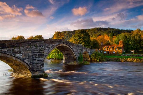 The stunning setting of Llanwrst Tearoom (pic courtesy Visit Britain/Lee Beel)