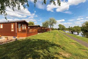 Location influences ground rent at holiday parks - lodges by the River Avon at Stratford Park are in a very desirable location