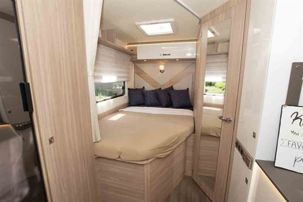 The Lyseo M Harmony 660 has a French bed to the rear © Warners Group Publications, 2019