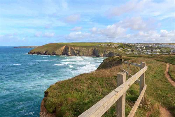 The south west coast path at Mawgan Porth - picture courtesy of magicbones/stock.adobe.com