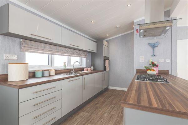 Omar Alderney kitchen