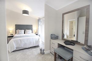 Omar Kingfisher master bedroom (Image courtesy of Omar)