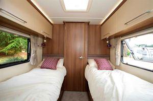 Bailey Phoenix 642 bedroom