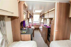 Bailey Phoenix 642 bedroom lounge