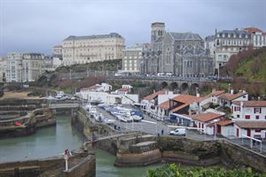 The harbour area in the centre of Biarritz